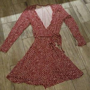 Heart print wrap dress